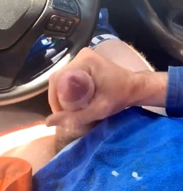 Check out the video this worker has recorded doing a good job on his truck.